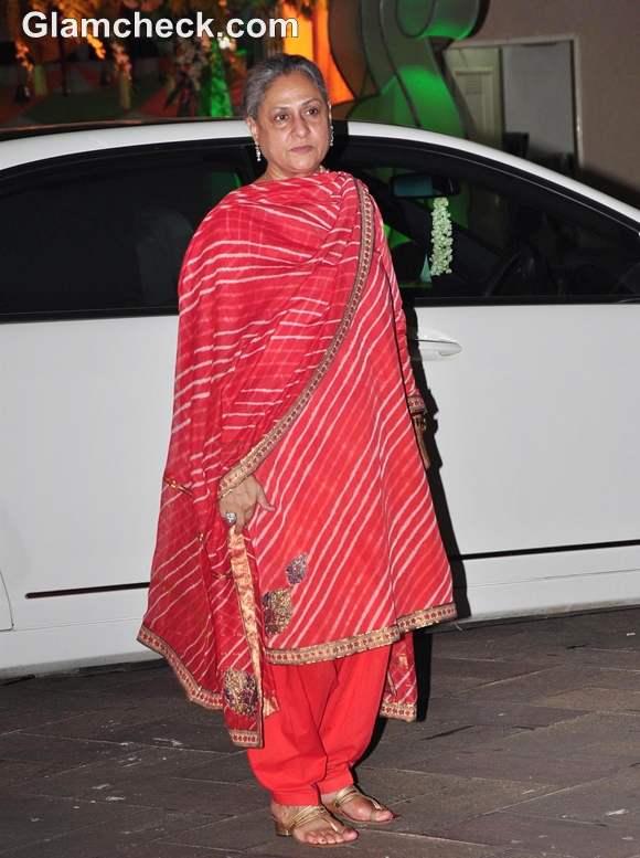 Jaya Bachchan Maata Ki Chowki Celebrations Sanjay Dutt home