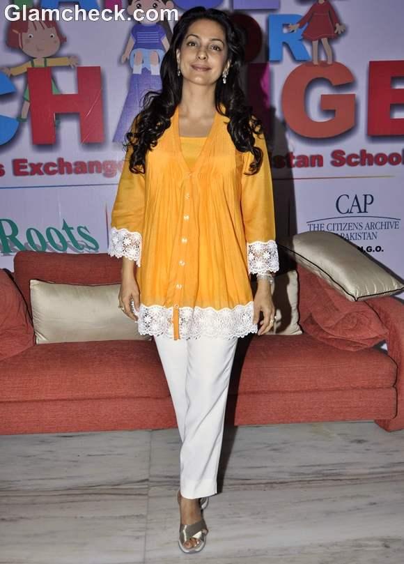 Juhi Chawla at Indo-Pak Students Exchange Program-2