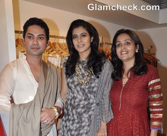 Kajol Rubs Shoulders with Nepalese Royals at Fiza