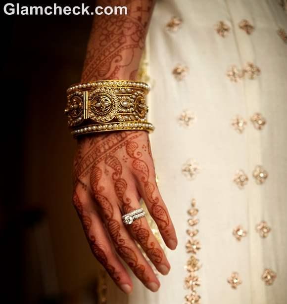 Karva Chauth mehndi designs traditional