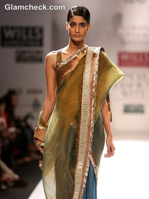 Kiran Uttam Ghosh WIFW S-S 2013-7