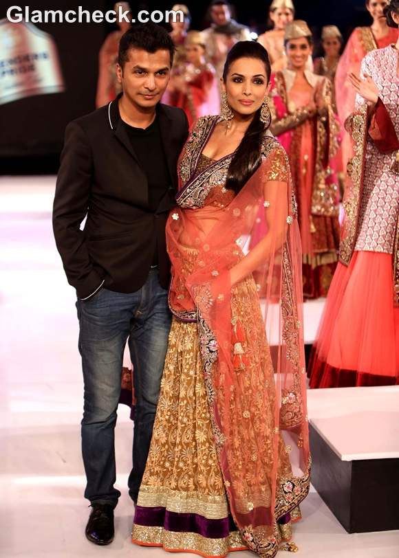 Malaika Arora Khan for Vikram Phadnis Blenders Pride Fashion Tour 2012