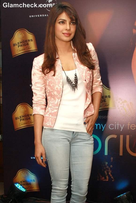 Priyanka Chopra  Promotes Debut Album In My City Delhi