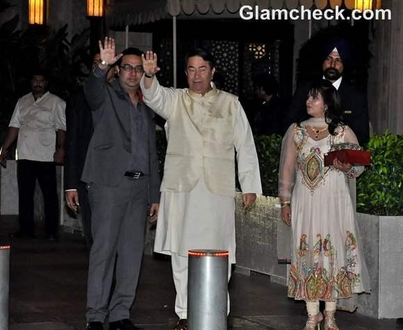 Randhir Kapoor  Saif Kareena Post Wedding Party Taj Mahal Hotel