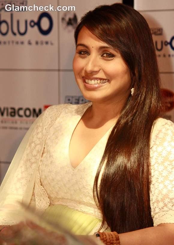 Rani Mukherjee hairstyle silky straight hair