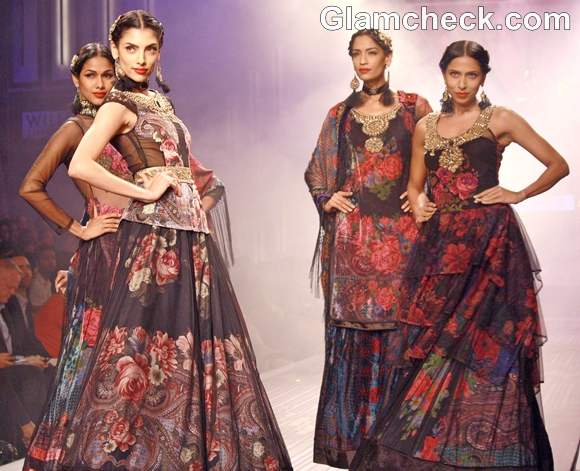 Ritu kumar WIFW S-S 2013-grand finale collection