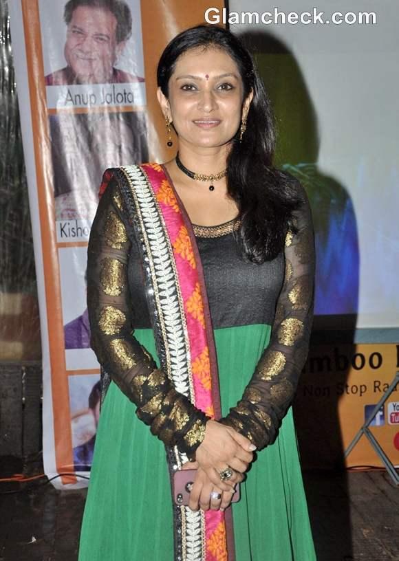 Singer Lalitya Munshaw Launch Garba album Aye Halo