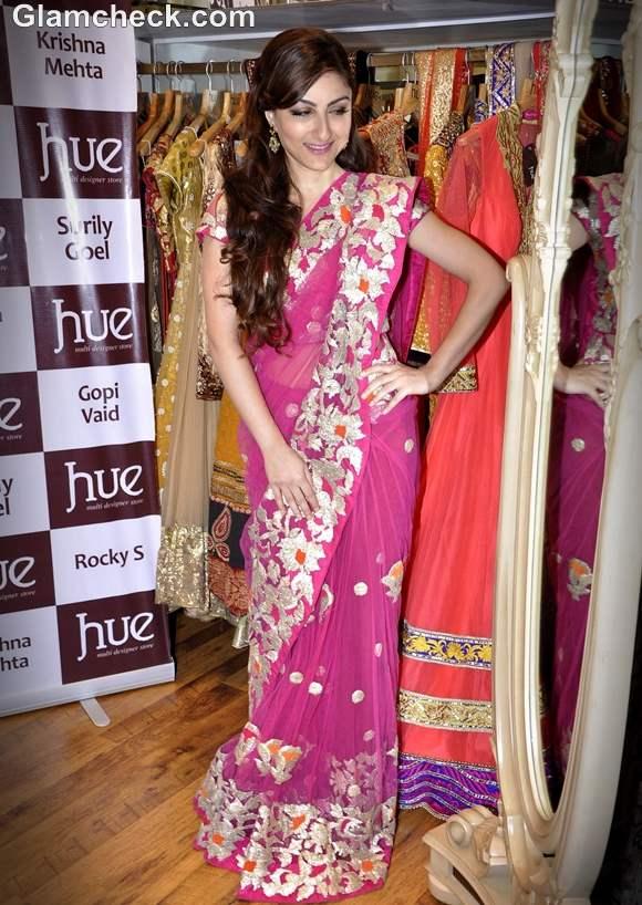 Soha Ali Khan sari HUE