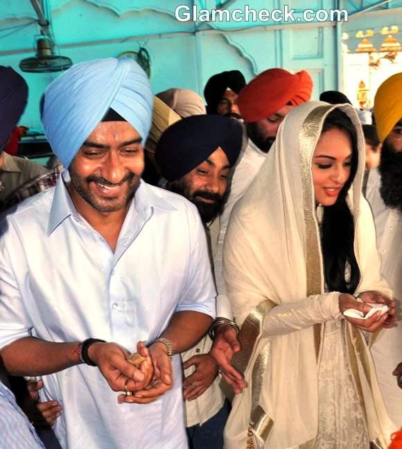 Sonakshi Sinha Ajay Devgan promote Son of Sardaar Golden Temple Amritsar