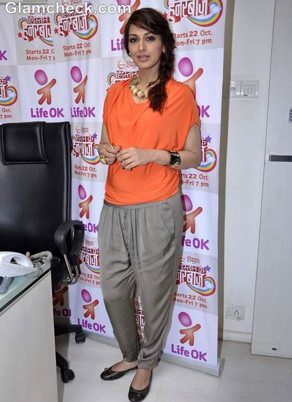 Sonali Bendre promotes Hindustaann ke Hunarbaaz Life Ok