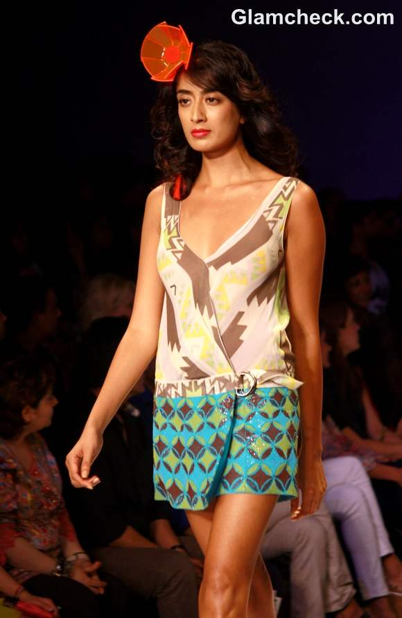 Surily Goel Collection S-S 2013 wifw-3