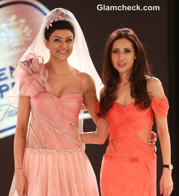 Sushmita Sen Mandira Wirk Blenders Pride Fashion Tour 2012 Mumbai