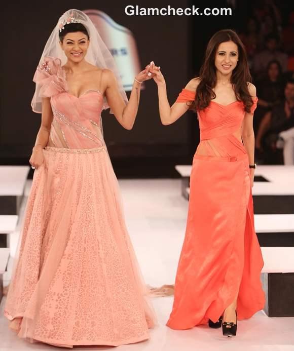 Sushmita Sen Mandira Wirk Blenders Pride Fashion 2012 - Mumbai