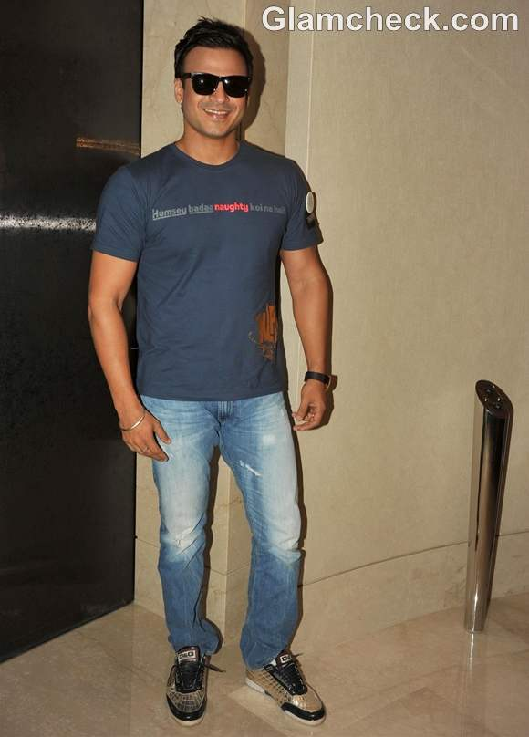 Vivek Oberoi at Cancer Rose Day CPAA