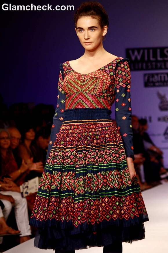 WIFW S-S 2013 Payal Pratap Collection-2