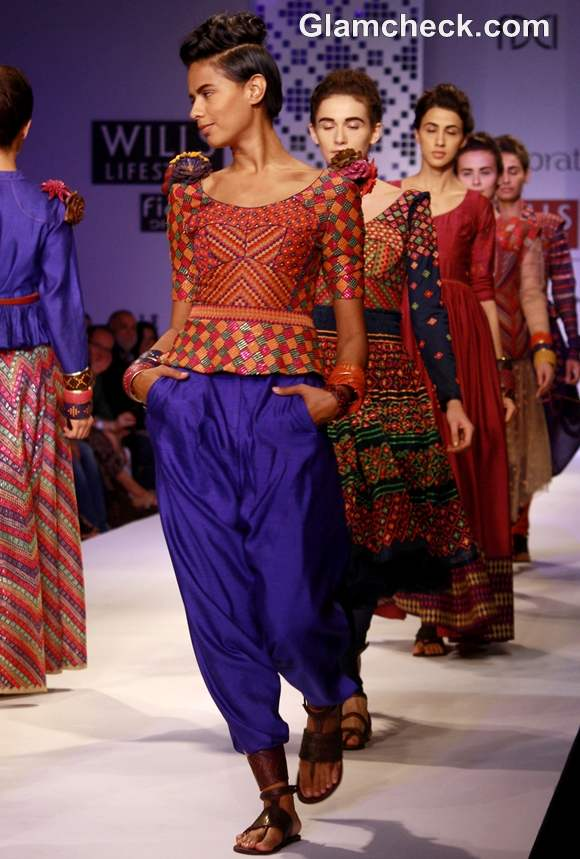 WIFW S-S 2013 Payal Pratap Collection-4