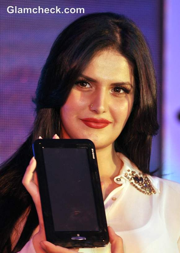 Zarine Khan Launches Budget-Friendly MI Book Tablet PC by Byond