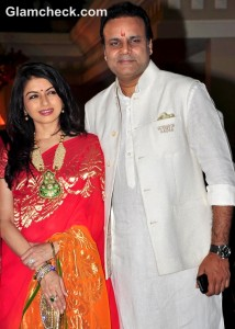 Bhagyashree & Sheeba at Sanjay Dutt's 'Mata ki Chowki'