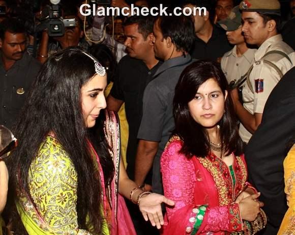 Sara Ali Khan Saif Kareena Wedding Reception Party