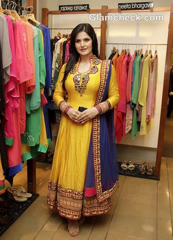zarine khan in anarkali suit traditional