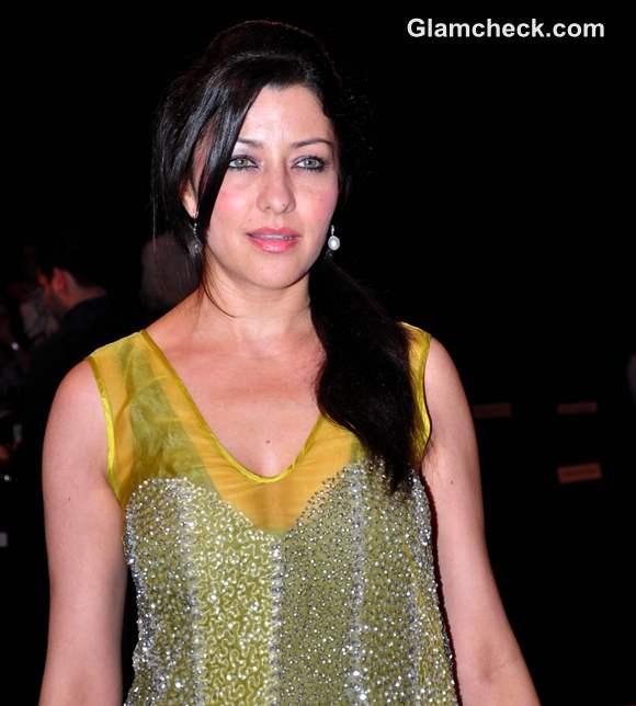 Aditi Gowitrikar blenders pride fashion tour 2012 mumbai