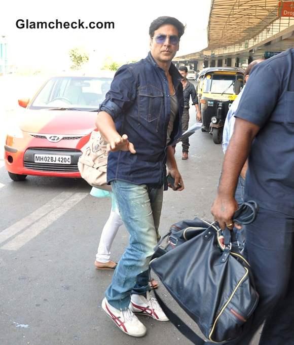 Airport Style-Akshay Kumar-khiladi 786-2