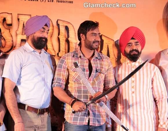 Ajay Devgan Resolves Son of Sardar Conflicts at Screening