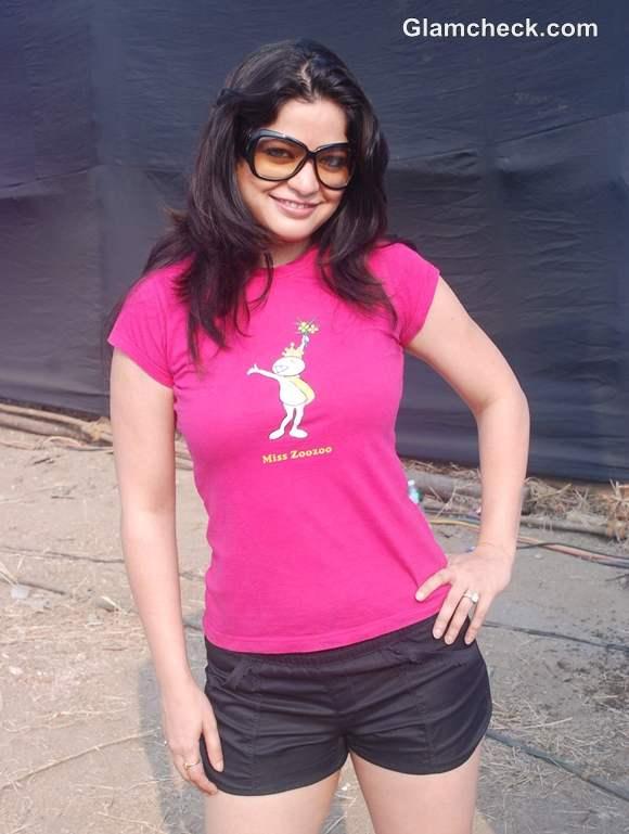 Arzoo sister Aditi Govitrikar Max Bupa Walk for Health in Mumbai