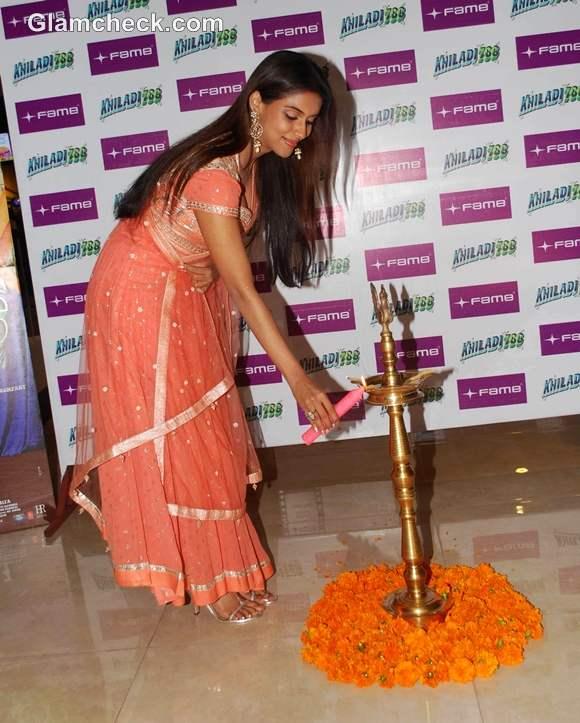 Asin in an Anarkali Promotes Khiladi 786 Fame mumbai