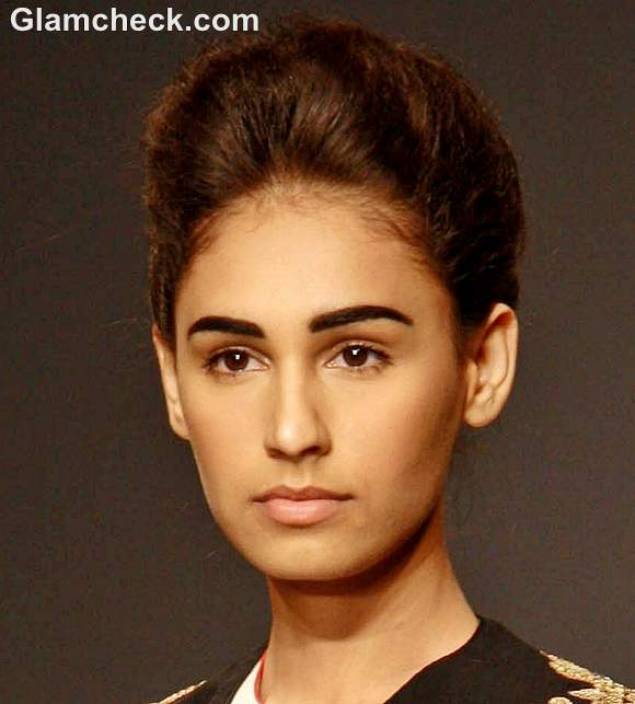 Bold Eyebrows with a No Makeup Look - Indian Makeup and
