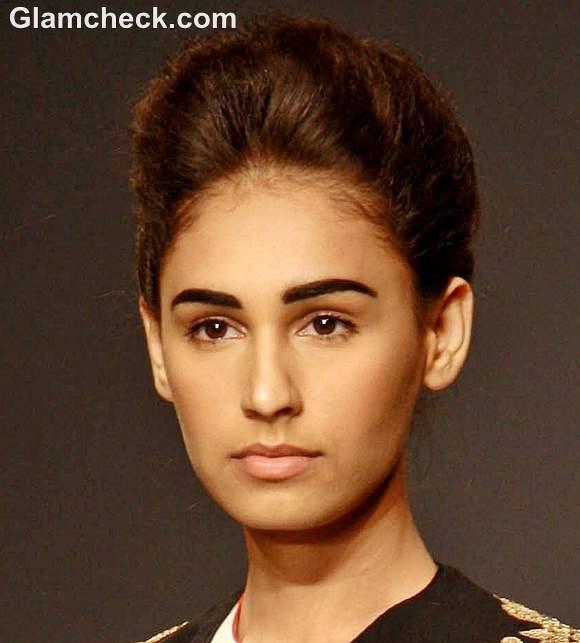 Bold Eyebrows No Makeup Look - Indian Makeup Beauty Tips