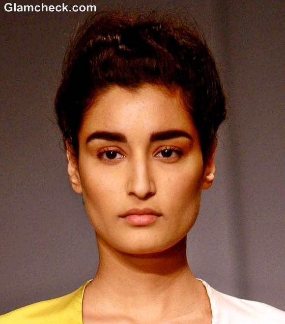 Bold Eyebrows with a No Makeup Look - Indian Makeup and ...