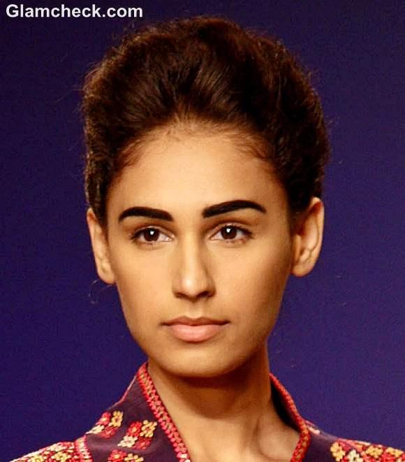 Bold eyebrows no makeup look-indian makeup beauty tips-Payal Pratap