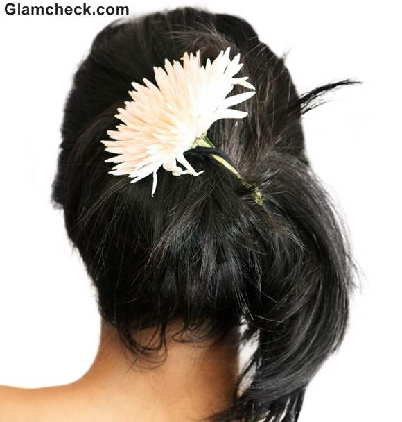 Indian hairstyles with fowers