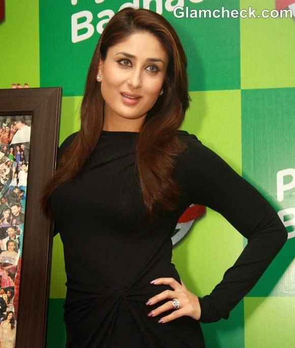 Kareena Kapoor Gorgeous In Black Dress At Limca Meet And Greet - Hair colour kareena kapoor