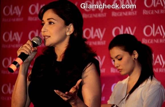 Madhuri Dixit Olay Regenerist Press Meet