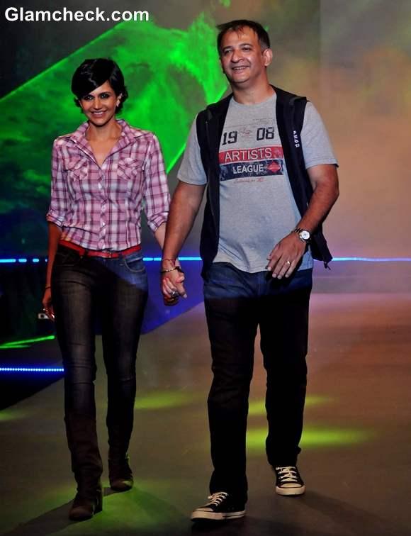 Mandira Bedi with husband Raj Kaushal Live Fashionably in Taj Lands End Mumbai