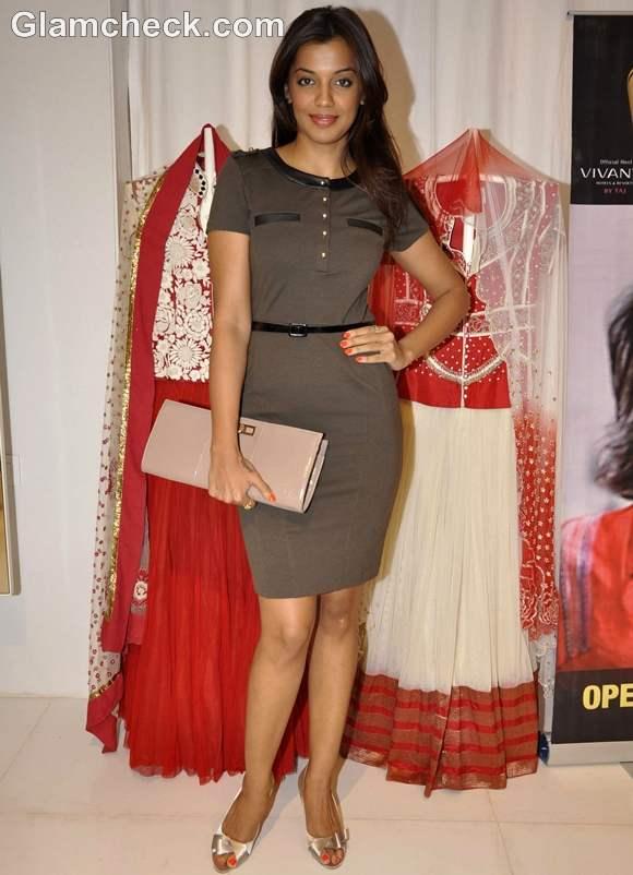 Mughda Godse at Krishna Mehta preview in Mumbai