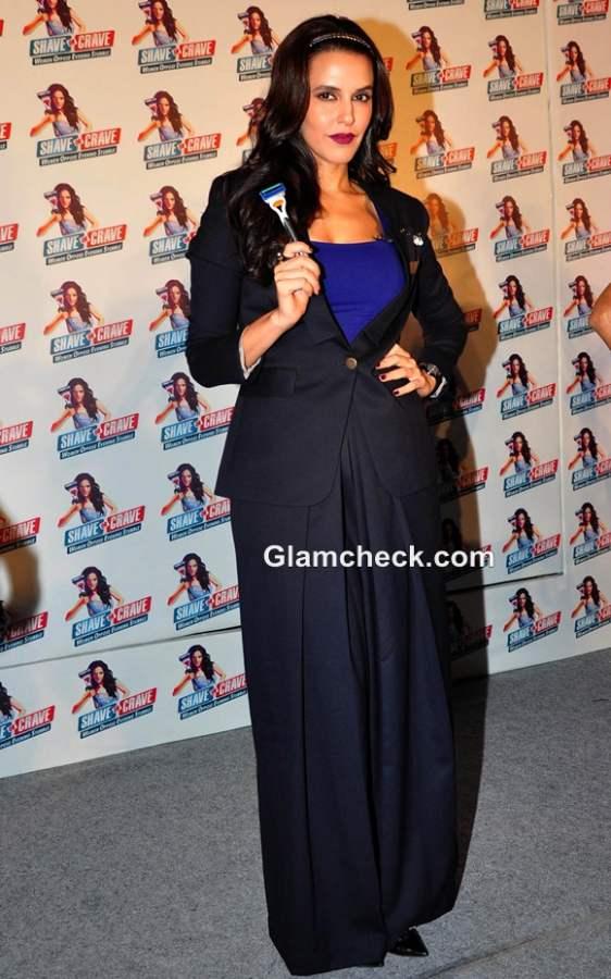 Neha Dhupia Amp Malaika Arora Khan Attend The Gillette Shave
