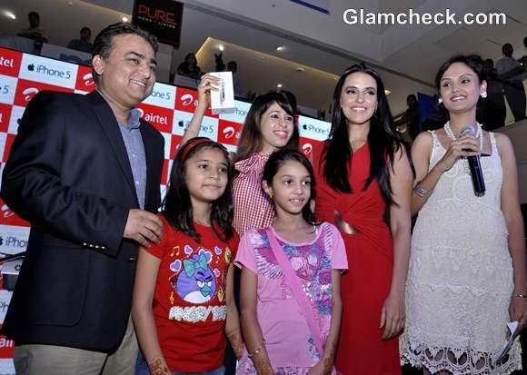 Neha Dhupia Launches iPhone 5 New Delhi