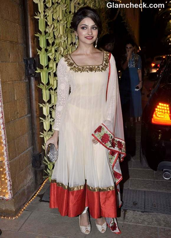 Prachi Desai at amitabh Bachchan Diwali Bash