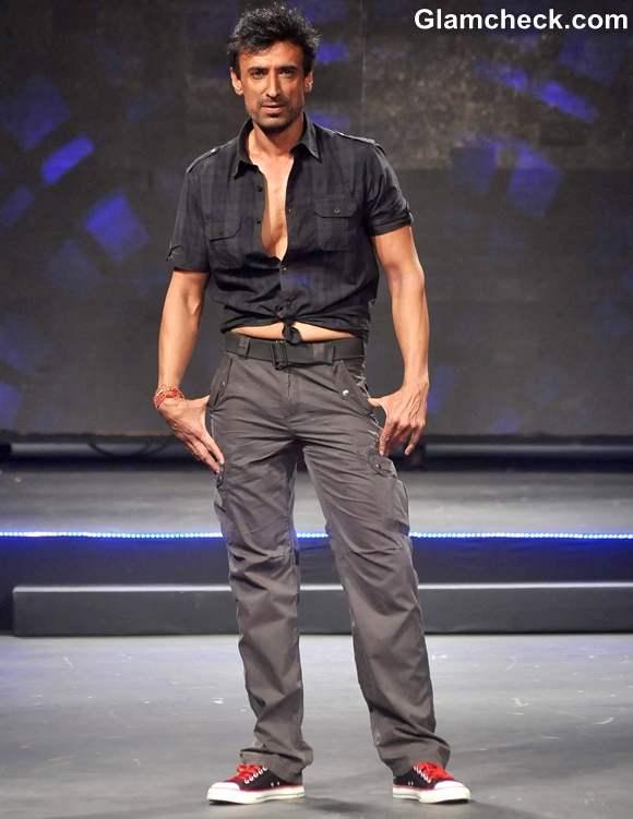 Rahul Dev Live Fashionably in Taj Lands End Mumbai