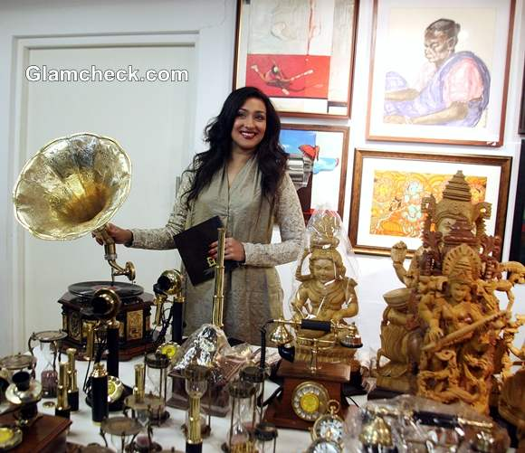 Rituparna Sen Gupta Inaugurates National Art Fair 2012