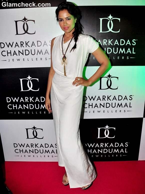 Sameera Reddy at the Inauguration of Dwarkadas Chandumal Jewellery Store in Mumbai