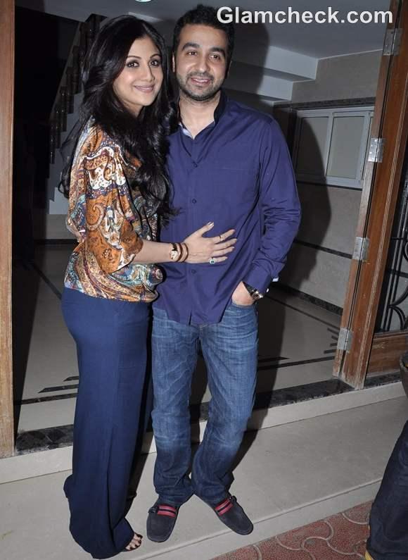 Shilpa Shetty raj kundra host Dinner for Shane Warne Elizabeth Hurley