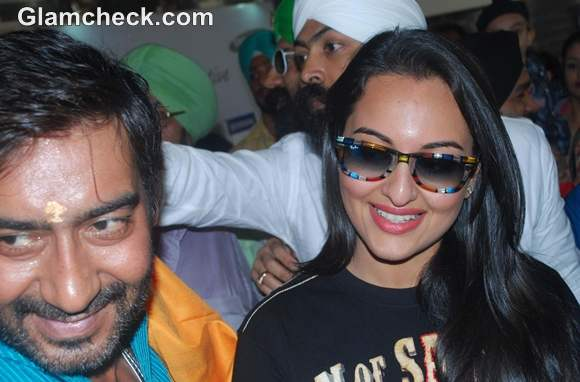 Sonakshi Sinha and Ajay Devgn Promote Son of Sardaar PVR