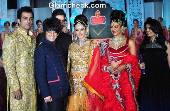 Sushmita Sen sunny leone for Rohit Verma at the Fashion Extravaganza IGNITE