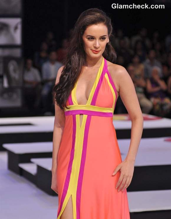 Wendell Rodricks Blenders Pride Fashion Tour 2012 mumbai Evelyn Sharma