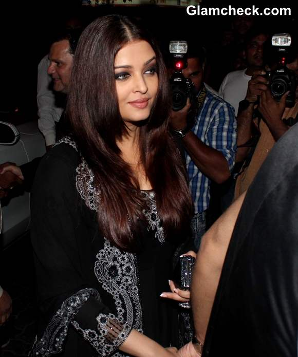 Aishwarya Rai Bachchan Anu and Sunny Dewan Christmas Party
