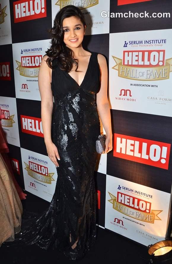 Alia Bhatt at Hello Hall of Fame Awards 2012